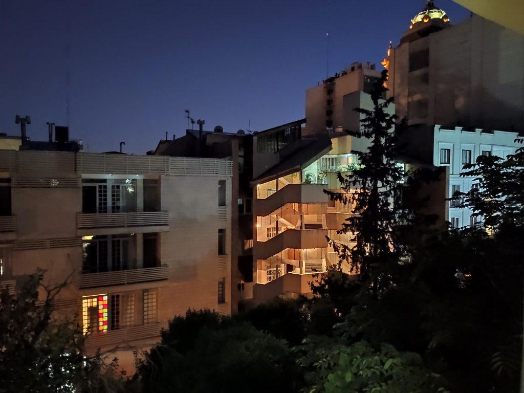 عکاسی شب Mi 9T و K20 Pro