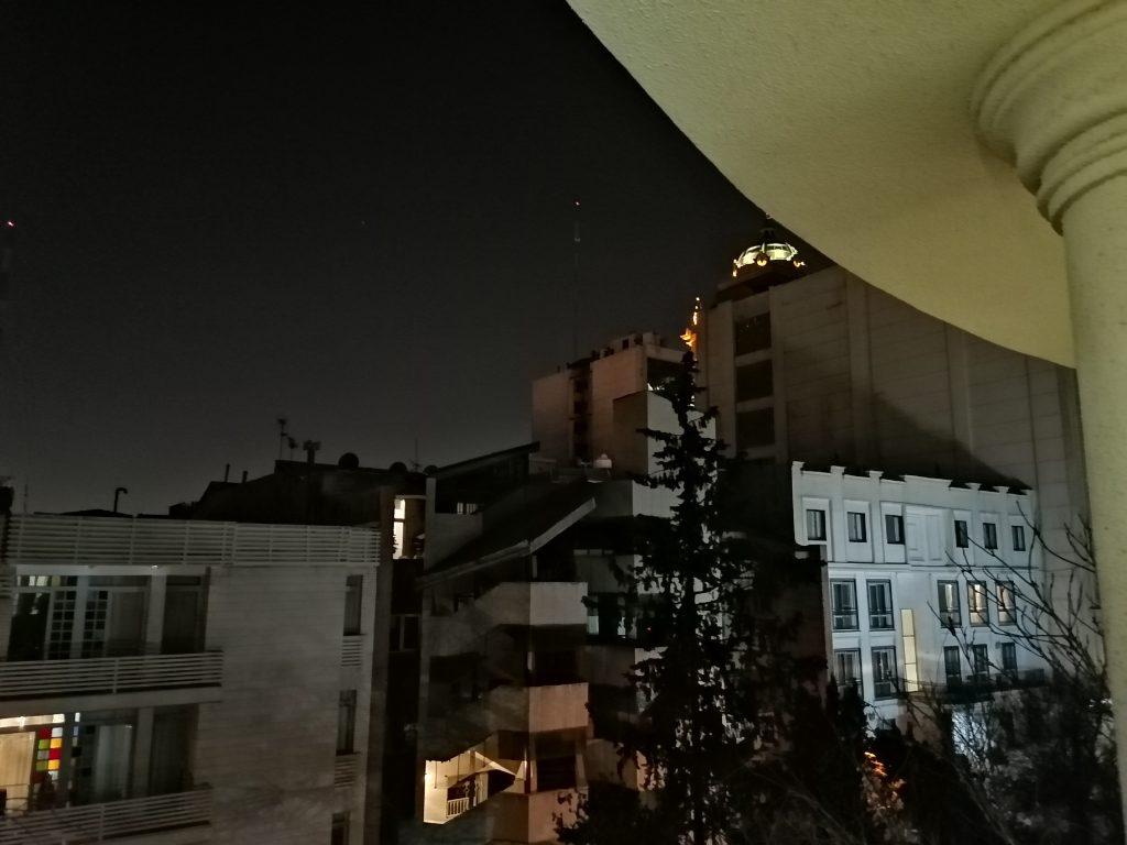 عکس حالت شب گوشی آنر 9X
