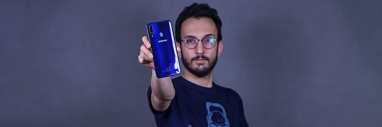 بررسی گوشی Galaxy A20s